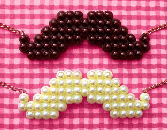 Asp mustache necklace