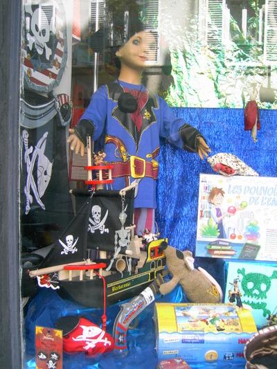 Vitrine_pirate_mannequin